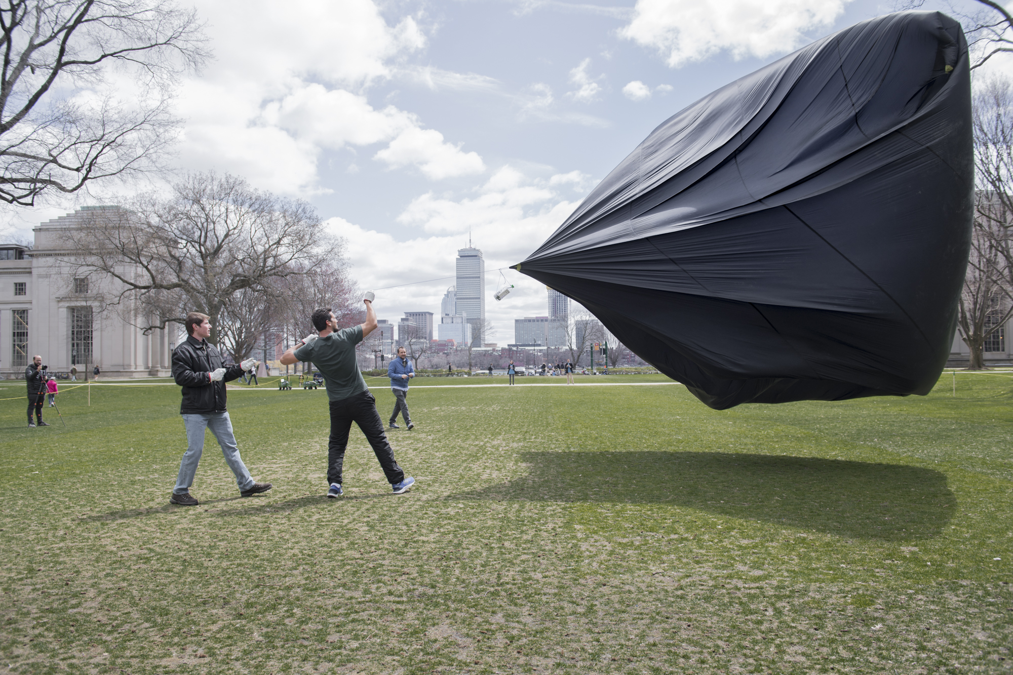 Sun lift and wind create huge forces, gloves are used to protect the Aerocene pilot's hands